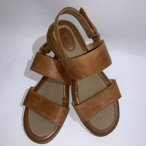 b.o.c Leather Strap Slingback Sandals